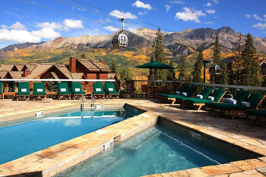 mountain-lodge-telluride-colorado-wedding-gondola