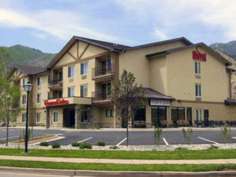 Glenwood Suites in Glenwood Springs CO