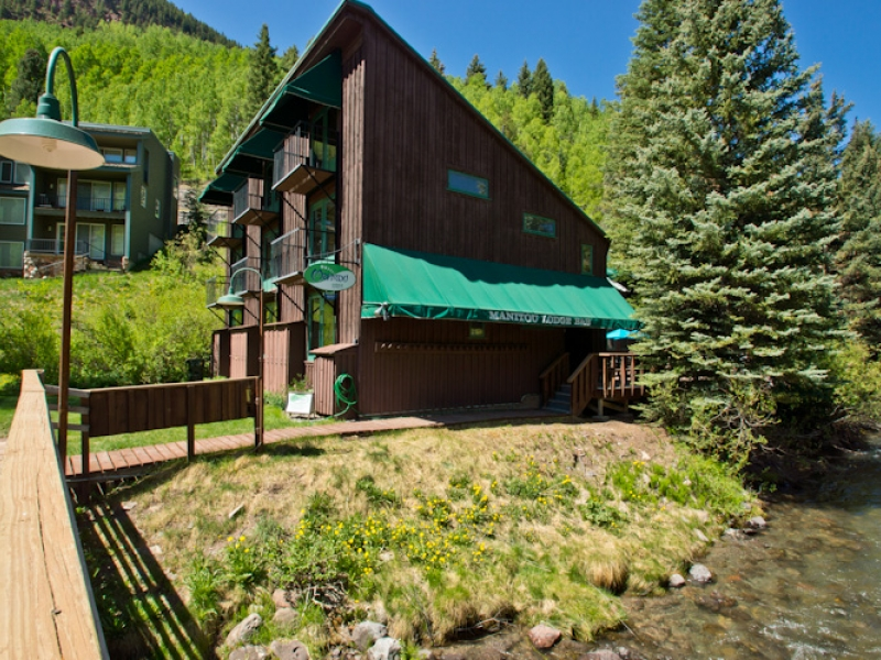 Manitou Lodge in Telluride CO